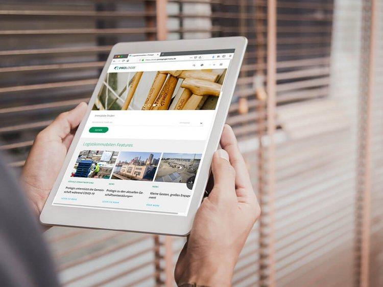 Tablet mit Prologis Online-Auftritt - Website-Relaunch für den Logistikimmobilienentwickler